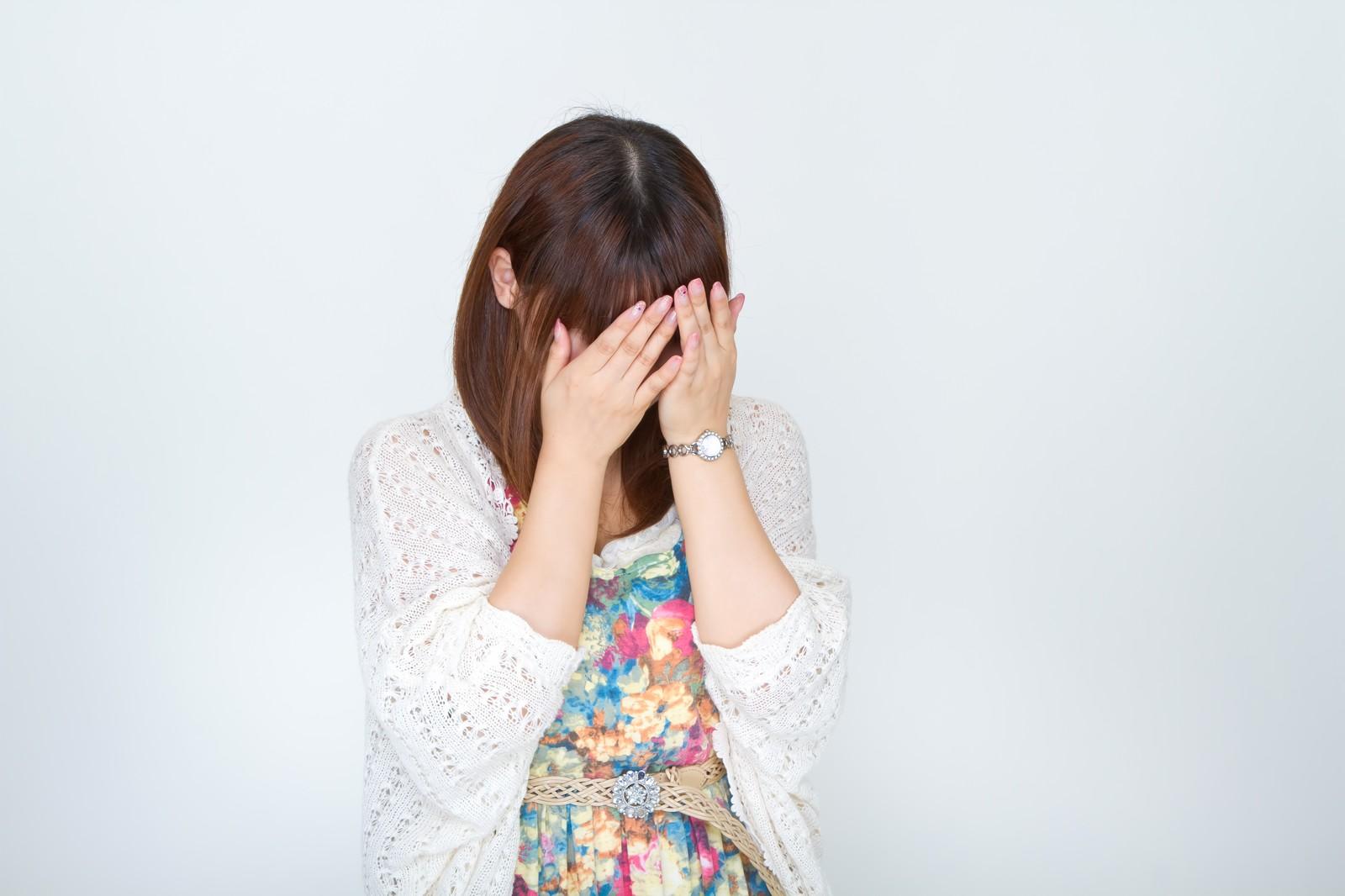 自己判断は悪化の原因になることも。顔のシミの取り方について正しい知識を身につけましょう!