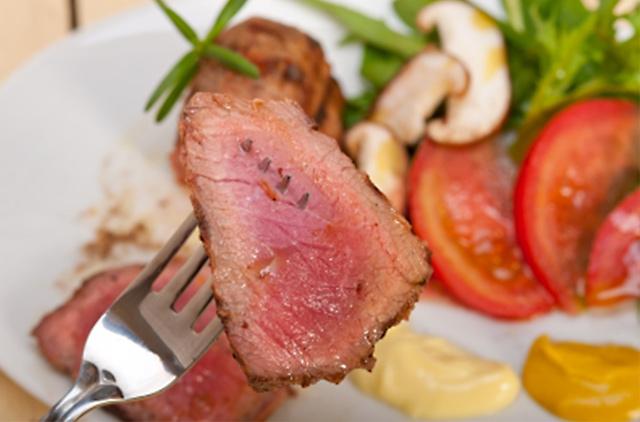 ダイエットするならしっかりお肉を食べましょう!